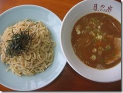 日の出食堂2種類のさといも麺のつけ麺